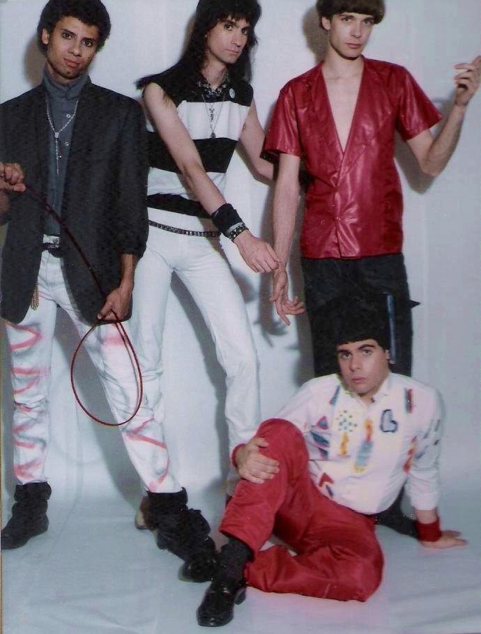 (6) Keep Running Pomo pics - 1984