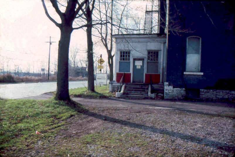 The Music Mall Office- 3350 Broadway Cheektowaga NY 1979-1981